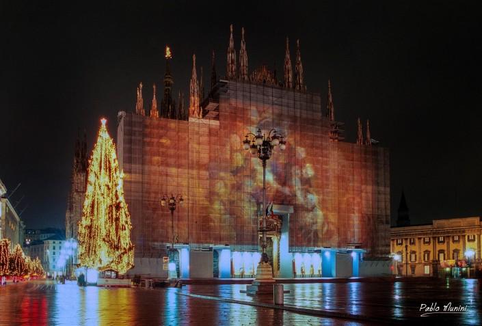 Cathedral Milan ,Christmas 2003. restoration of the façade.Pablo Munini