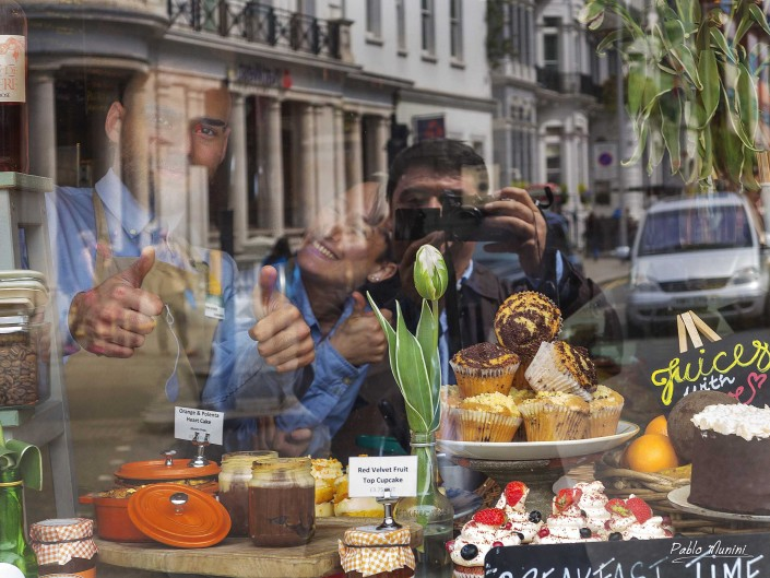 self portratit Harrington Rd, South Kensington, London photography, West London ,Royal Borough of Kensington,Chelsea,City of Westminster,Hyde Park, best spots london,day trip london. day out London photography,London day photogallery ,day London images street photography