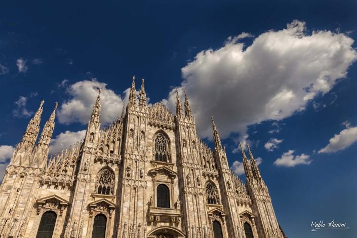 Gothic cathedral Milan façade. Pablo Munini