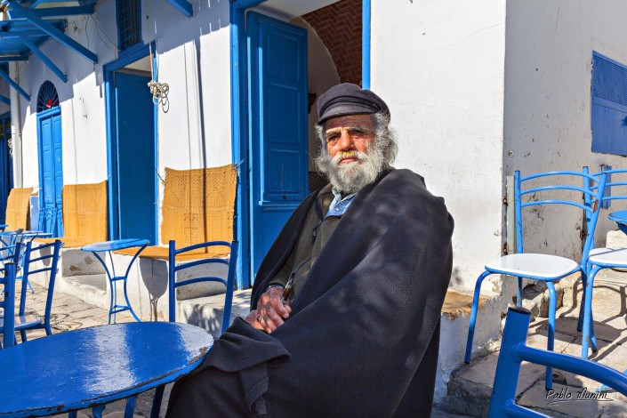 tunisian people.photogallery of Sidi Bou Said.Images of tunisia.Colette, Simone de Beauvoir and André Gide were among the writers who fell under its spell.artist village.Paul Klee.landscape vibrant with colour.People in Tunisia.Life in Tunisia.