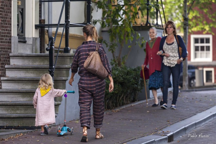 Mothers and Daughters , Amsterdam Holland.Life in Amsterdam.Pablo Munini Photography.
