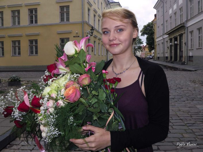 portrait of estonian woman with flowers at a wedding , Tallin.Pablo Munini