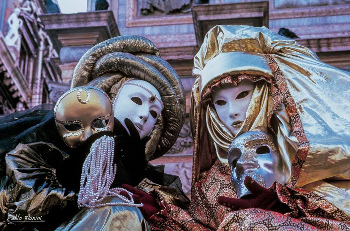 Analog photographies of the Carnival of Venice 1992 -1998.