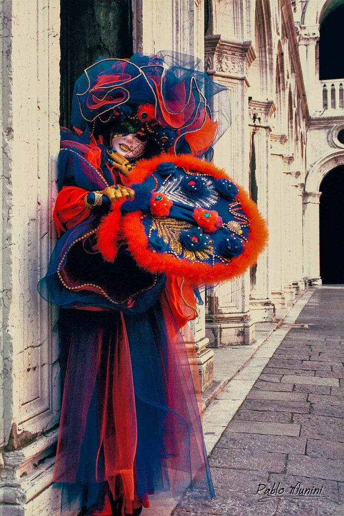 The Doge's Palace Courtyard . Carnival in Venice 1993.Pablo Munini