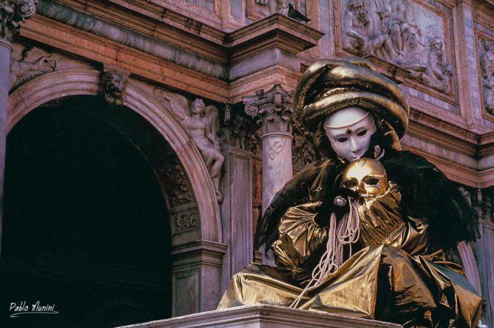 Loggetta di Sansovino, 1993 - Carnival in Venice- Pablo Munini