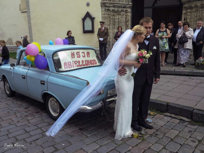 Just married - wedding , St. Olav's Church, Tallin, Pablo Munini.